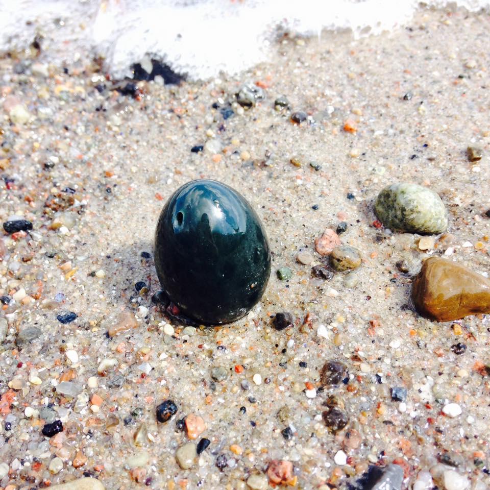 Få mere vaginal nydelse, seksuel energi og orgasmisk potentiale ved at træne med et jade æg!